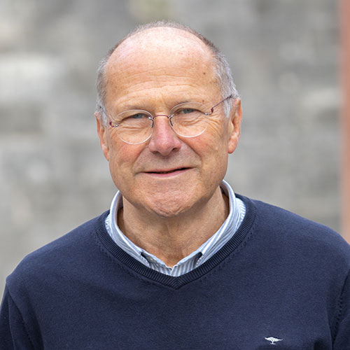 Dr. Ulrich Onken